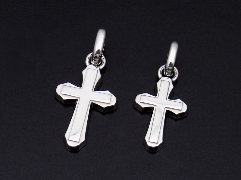 Smooth Cross Pendant